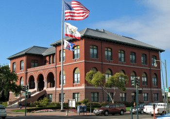 Alameda City Hall, Santa Clara Ave and Oak St, Alameda, CA